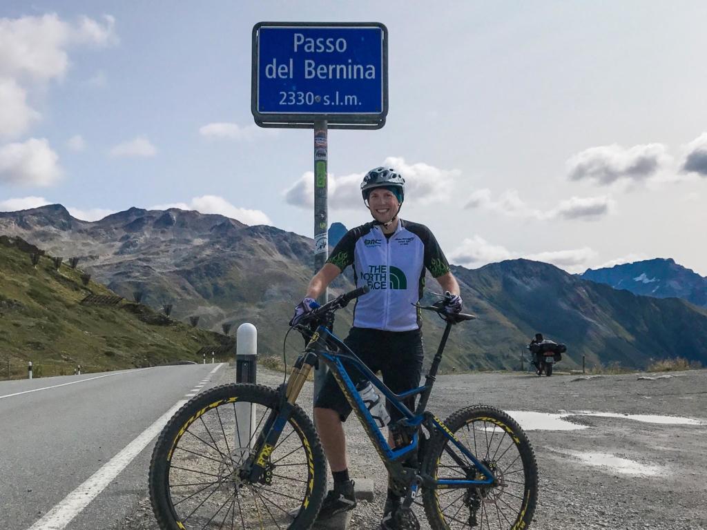 Berninapass mit dem Mountainbike